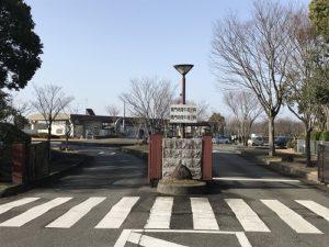 神戸市西神霊園で文字彫り