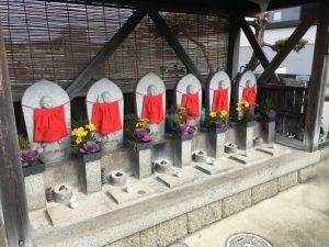 枚方市の津田霊苑で追加彫刻