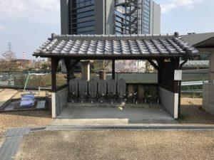 枚方市車塚共同墓地で追加彫刻