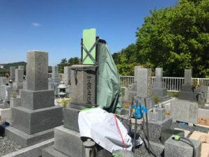 西宮市白水峡公園墓地で追加彫刻