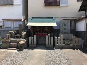 大阪市生野区の中川墓地で追加彫刻