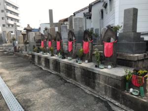 塚口本町墓地で追加彫り