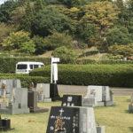 西神墓園7区芝生墓所で文字彫り