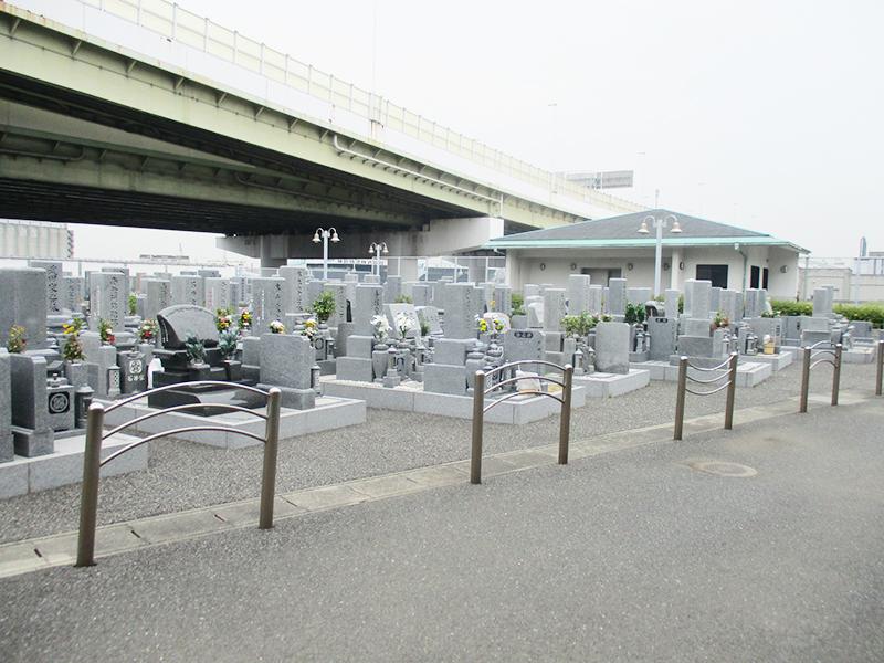 【高石市の高石市営浜墓地】お墓への文字・戒名彫刻費用について