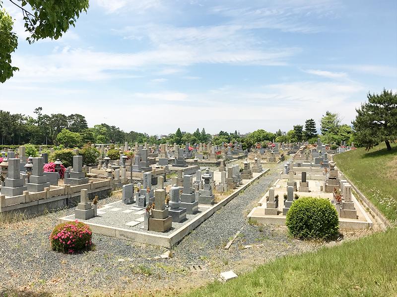 【豊中市の大阪市設服部霊園】お墓への文字・戒名彫刻費用について