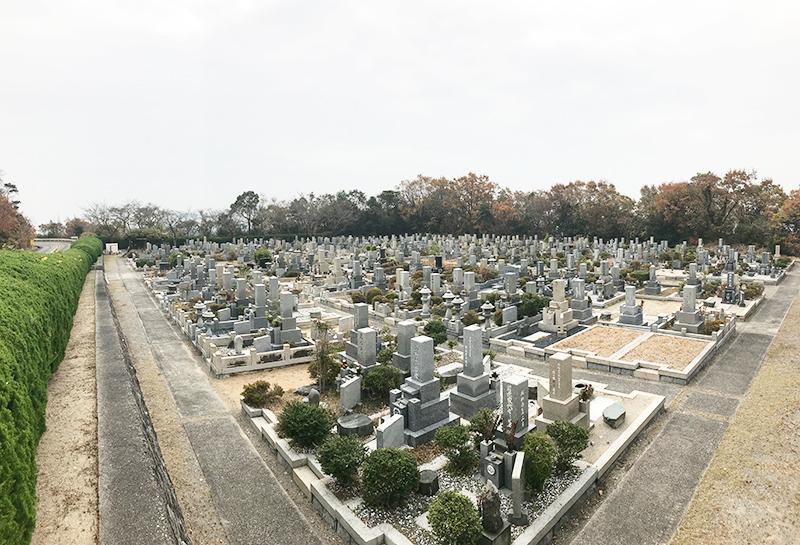 【神戸市の神戸市立鵯越墓園】お墓への文字・戒名彫刻費用について