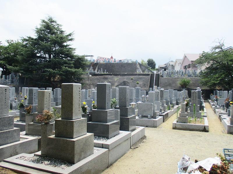 【和泉市の和泉墓地】お墓への文字・戒名彫刻費用について