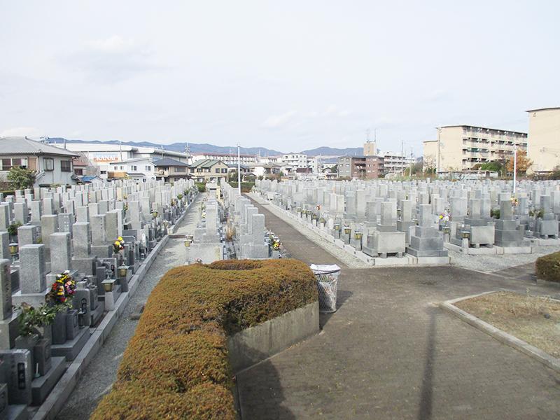 【伊丹市の伊丹市営中野墓地】お墓への文字・戒名彫刻費用について