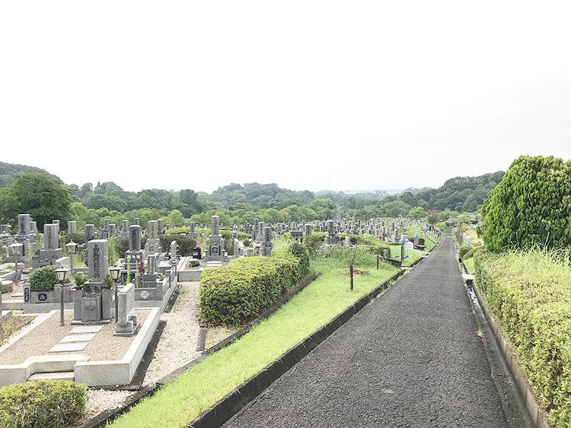 【堺市の堺市公園墓地】お墓への文字・戒名彫刻費用について
