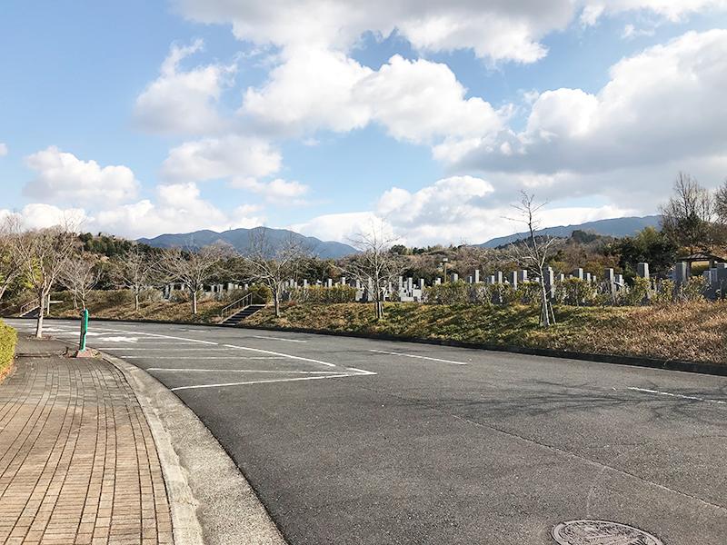 【富田林市の富田林霊園】お墓への文字・戒名彫刻費用について