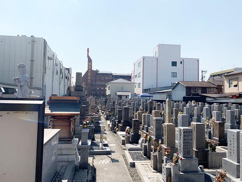 【大阪市生野区の鶴橋霊園】お墓への文字・戒名彫刻費用について