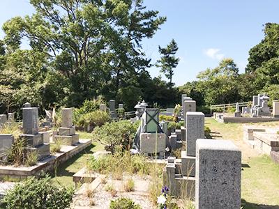 神戸市立舞子墓園でお墓への戒名彫刻でした。