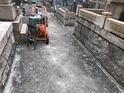 大阪市淀川区の南方霊園で墓石への文字彫刻