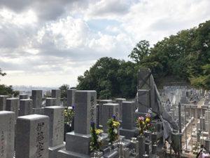 大東市の野崎観音さんでお墓への名前彫り