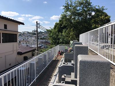 神戸市の乙木墓地で墓石への戒名彫刻